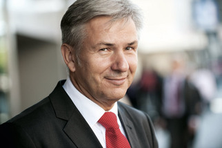 Klaus Wowereit, Governing Mayor of Berlin
